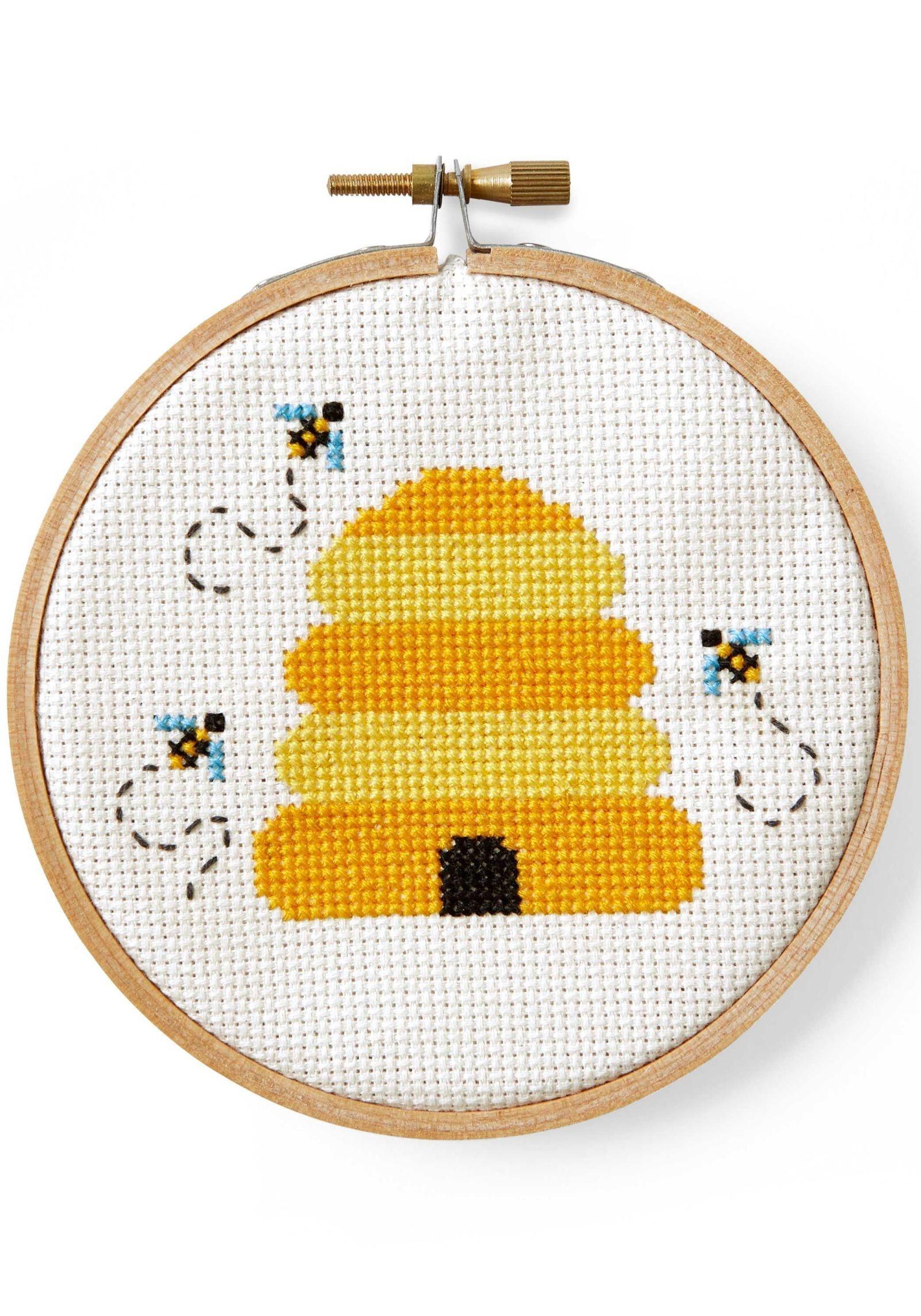 Free Cross Stitch Patterns | Craft Crack | Cross Stitch Patterns - Free Printable Modern Cross Stitch Patterns