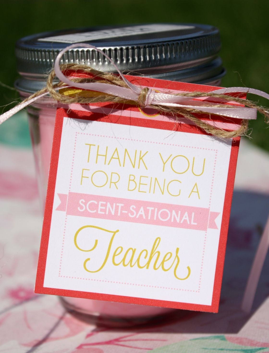 Teacher Gift Tags + Free All About Me Printable Book – Updated - Scentsational Teacher Free Printable